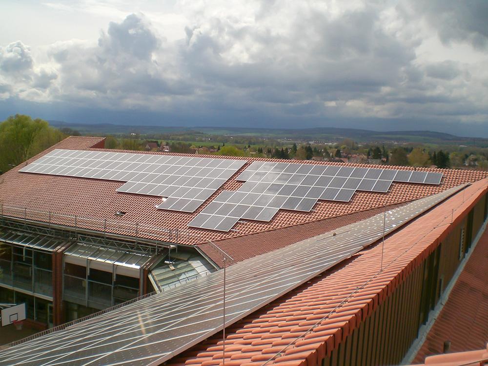 PV-Anlagen Heinrich-Böll-Schule (Foto: Gerhard Morgenthal)